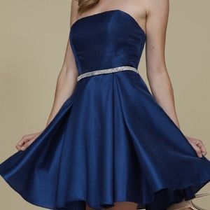 Gorgeous Navy Strapless Formal Dress Size Medium